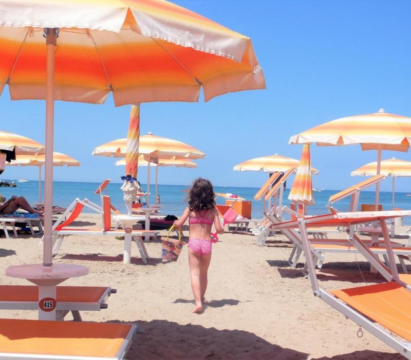 Offerta agosto all inclusive a Rimini in family hotel con bimbo gratis