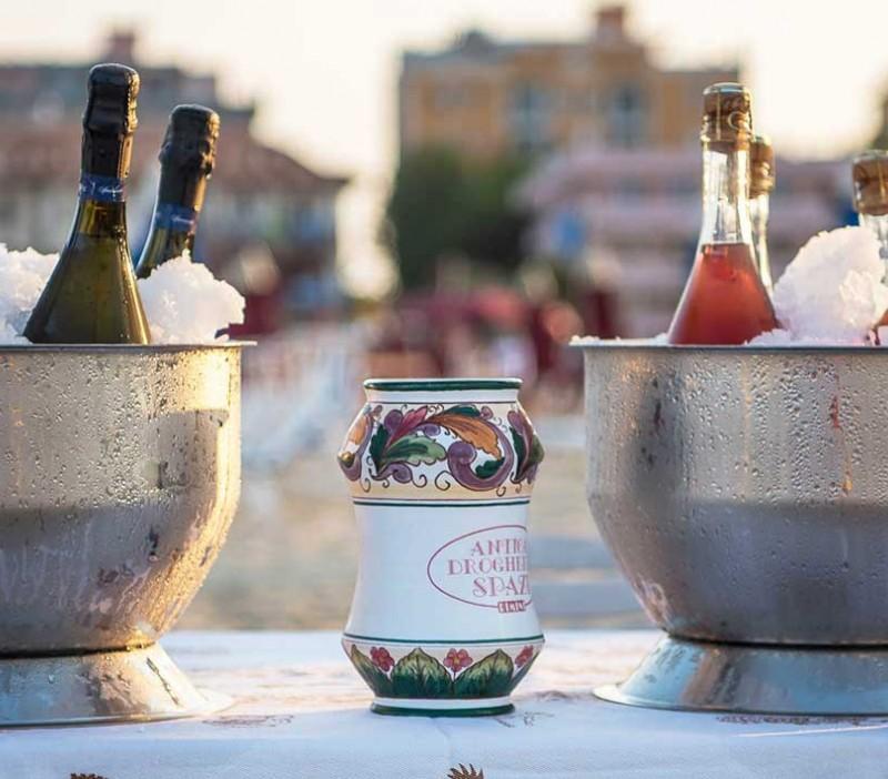 """Offerta Hotel """"Un Mare DiVino"""" Rimini"""